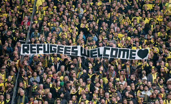 Izbjeglička kriza ima i svoju nogometnu stranu – navijački pokazali svoju solidarnost