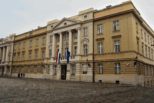 NAJNOVIJE: Navijači uspjeli! SDP, HNS, HDZ-ovci iz dijaspore, Slavko Linić i Jadranka Kosor danas podržali izmjene Zakona o sportu