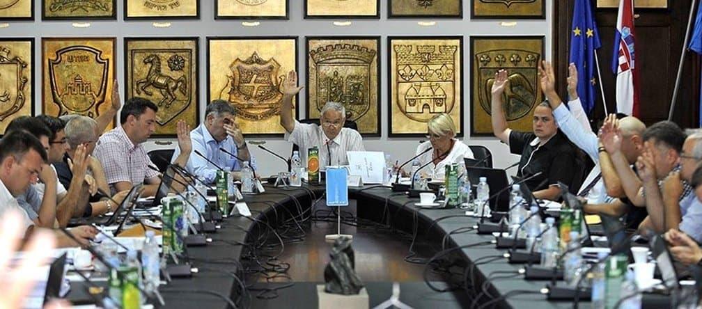 Izbori za NO Hajduka u raljama dnevne politike