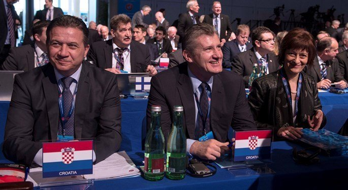 Zaključci Izvanredne Skupštine UEFA-e