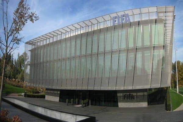 Unatoč svemu, počeo je je kongres FIFA-e