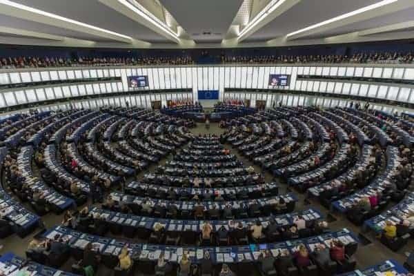 Iz Europskog parlamenta pozvali FIFA-u da neovisno nadzorno tijelo napravi reviziju statuta i operativne politike