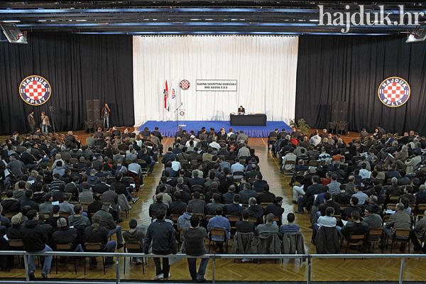Zašto će dug iz devedesetih opet isplatiti narodni Hajduk