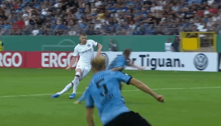 Hat-trick Rebića u kup slavlju Frankfurta (VIDEO)