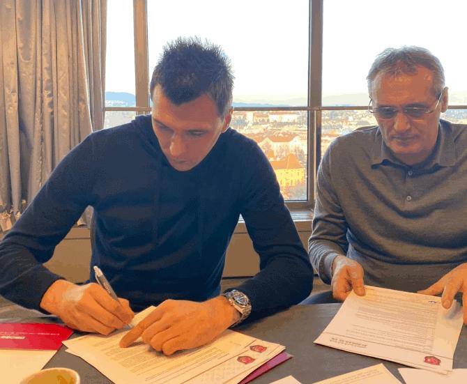 Mario Mandžukić potpisao za Al-Duhail